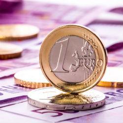 Blik op de Forex - Euro hoger voor Franse, Duitse cijfers - Bitcoin wint momentum