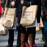 Dollar herstelt van lagere retail sales cijfers - aussie lager door China