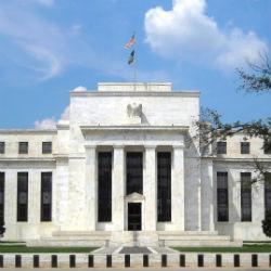 Dollar wacht op Fed - pond stijgt verder voor Bank of England besluit
