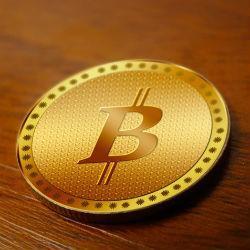 Bitcoin koers hoogst in een jaar, flirt met $9000