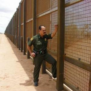 Mexicaanse peso onderuit na suggestie importbelasting om muur te bekostigen