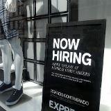 Dollar hoger na banencijfer - euro valt terug