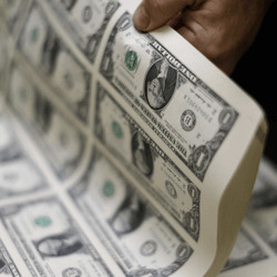 Dollar aangevuurd door stijgende yield 10-jarige staatsobligaties