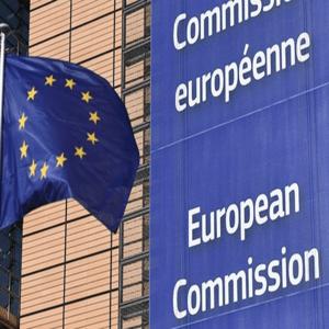 Euro dicht bij laagste stand in 2 maanden na kritiek EC op Italiaanse begroting