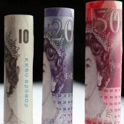 Dollar hoger versus yen, franc - pond wacht op inflatie cijfer