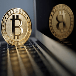 Bitcoin koers hoogst in 2 maanden - Yen stijgt