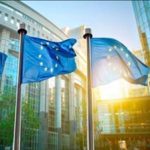 Euro hoger na signaal ECB - Bitcoin lager door vrees crypto ban Zuid-Korea