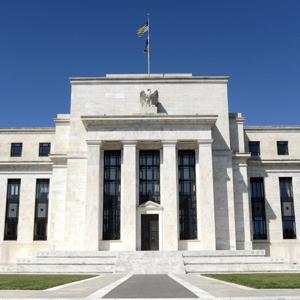 Forex - Dollar dipt na Fed hint renteverlaging, focus nu op Bank of England