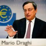 Dollar lager na tegenvallende produktie PMI - euro wacht op ECB