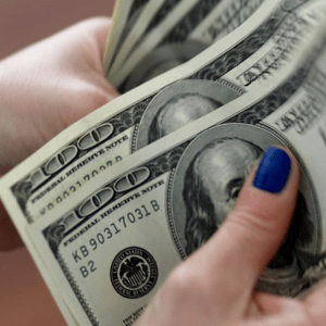 Dollar daalt verder na inflatie cijfer - Turkse lira stijgt na renteverhoging